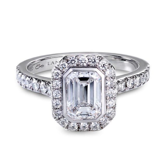 Smaragdslipt diamantring i platina med briljanter