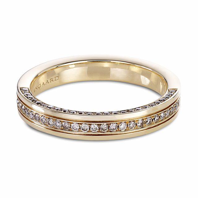 Diamantring i roségull med 75 champagnefargede diamanter