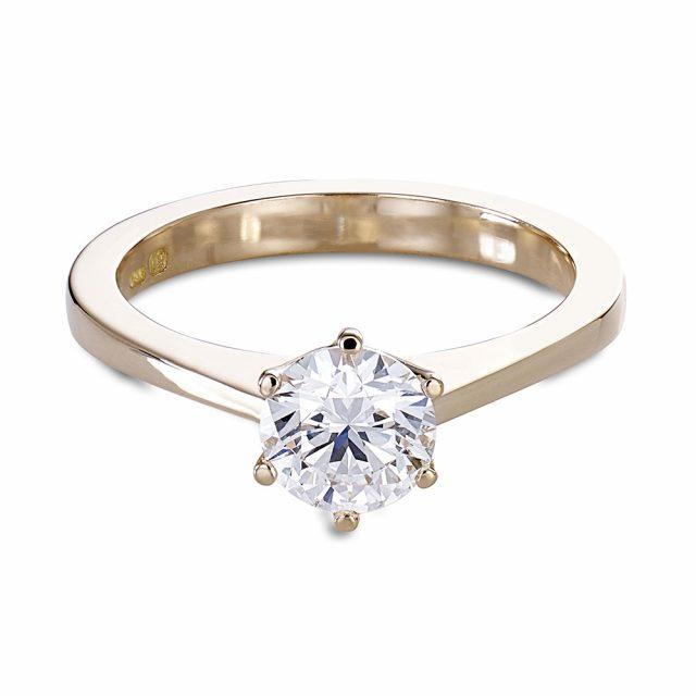 forlovelsesring med diamant