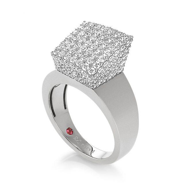Sauvage Privé diamantring i hvitt gull.