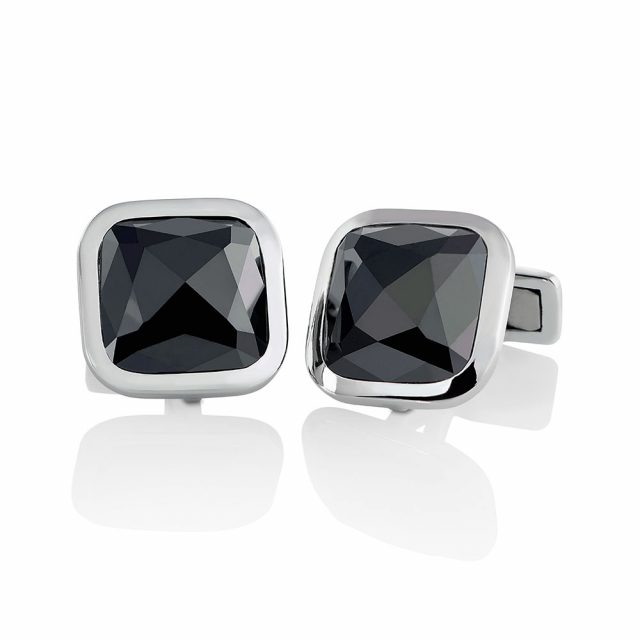 Cufflinks in platinum with black diamonds, tot. weight 20,06 ct.