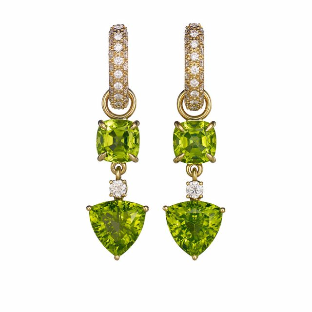 Creol earrings in yellow gold with peridots and diamonds