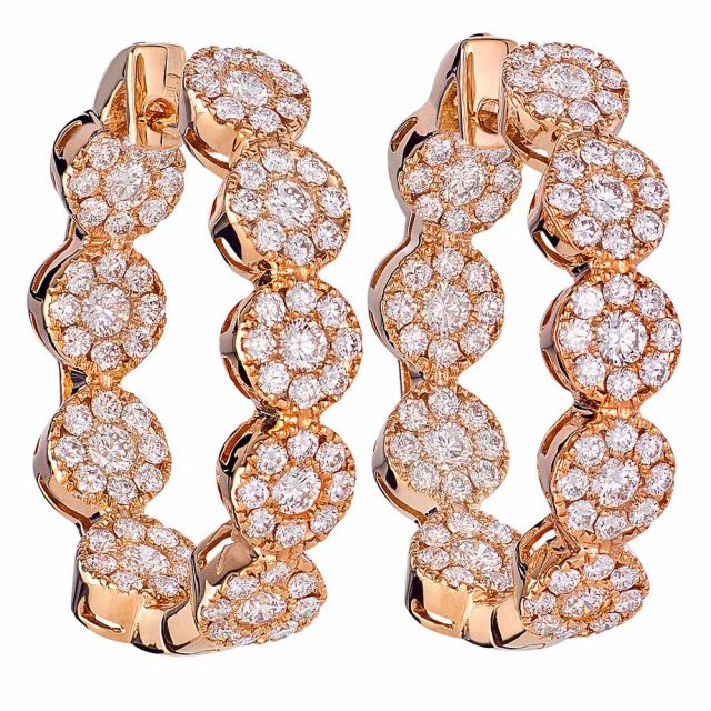Earrings in yellow gold with circles and diamonds