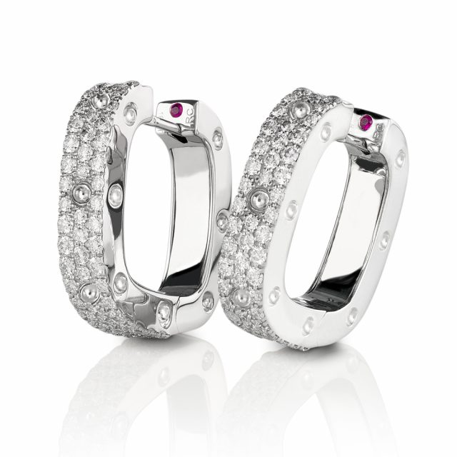 Pois Moi earrings in white gold with white diamonds