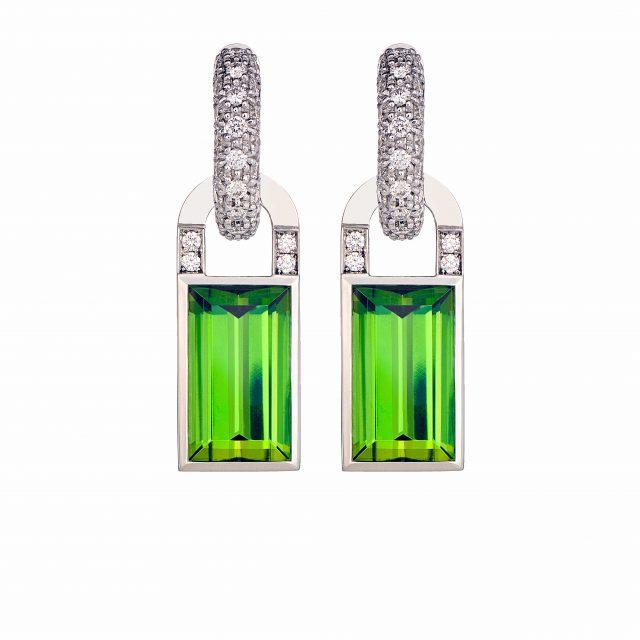 Creol ørepynt i hvitt gull med diamanter og grønn turmalin